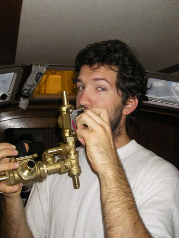 Tomtom joue du tromblon.