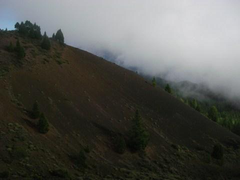 22-Pente de sable volcanique.JPG