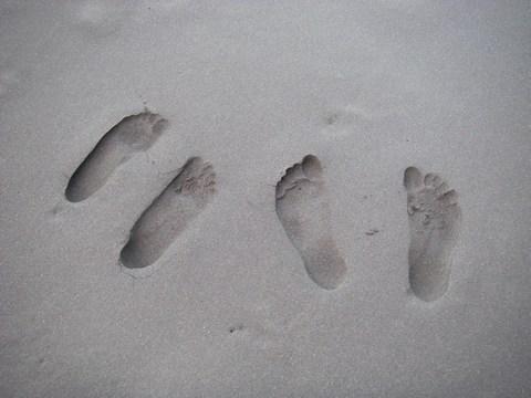 61-Pieds dans le sable noir.jpg